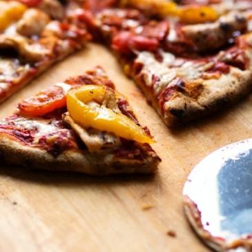 Italiaanse vis pizza met sardines bestellen of maken